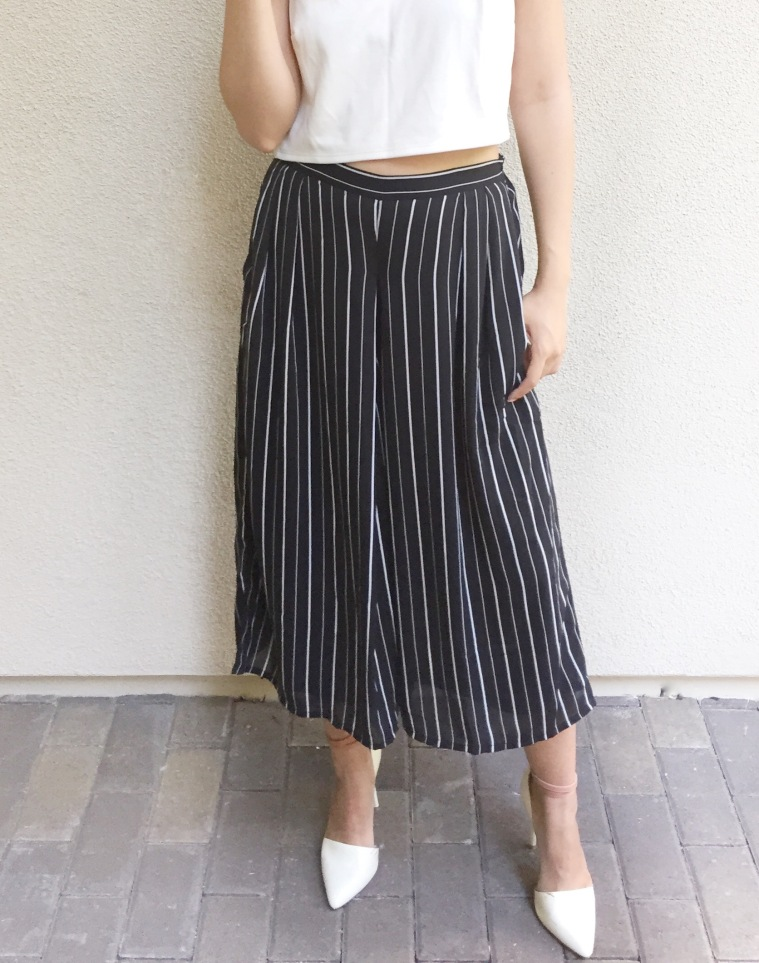 Heels with culottes give you a more elongated leg.