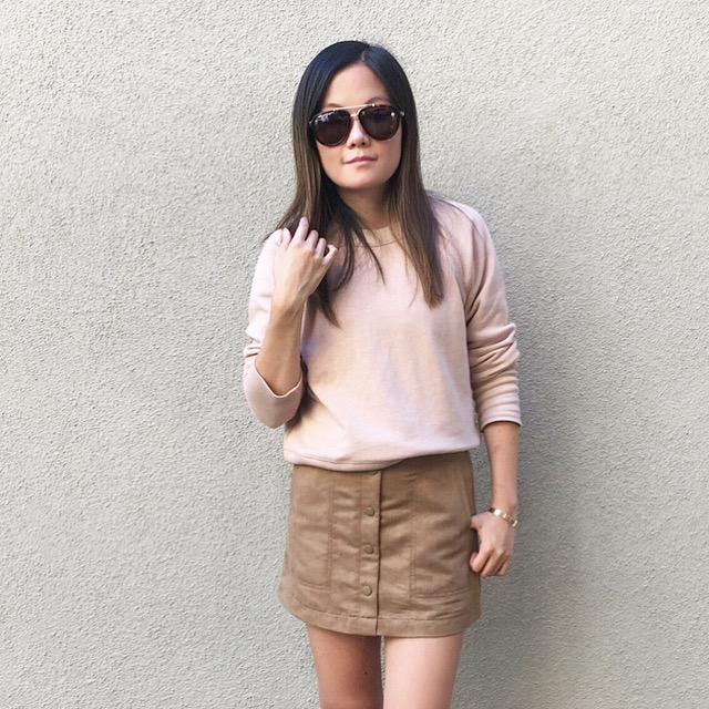 Blush is the color for Fall, and since I'm not a pink gal I prefer this tone because it's a subtle one :D