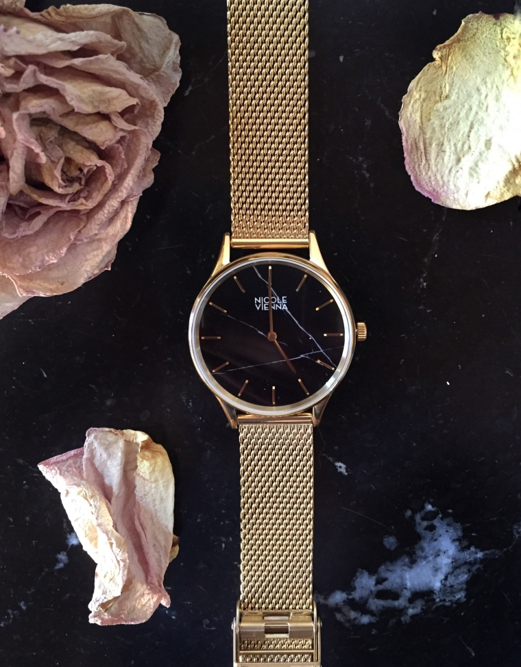 Time-watch-gold
